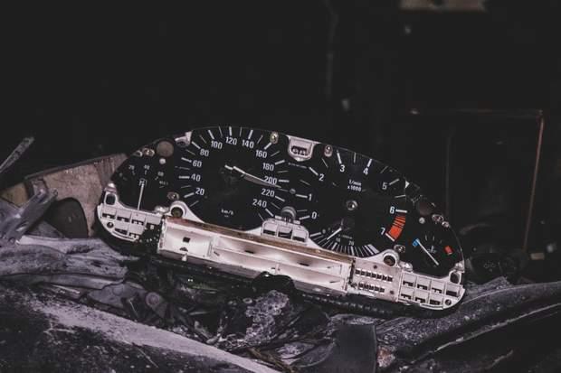 На спідометрі зафіксували позначку у 210 кілометрів на годину