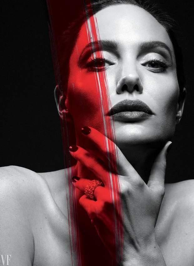 Анджеліна Джолі є прикладом для багатьох шанувальників