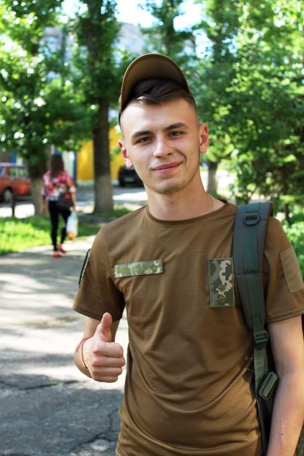 Лейтенант Володимир Сисоєв