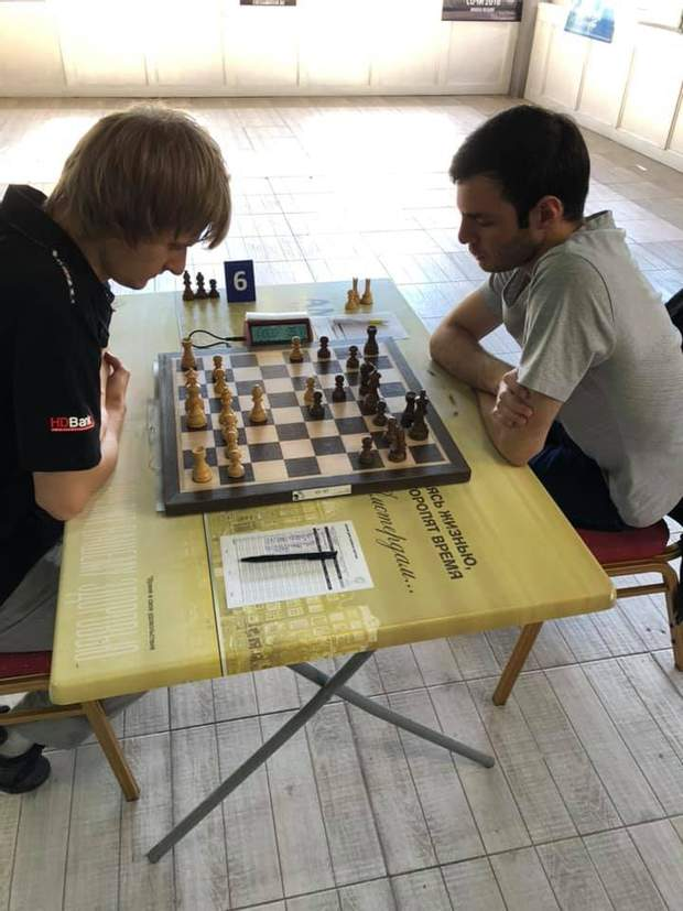 Станіслав Богданович (ліворуч)