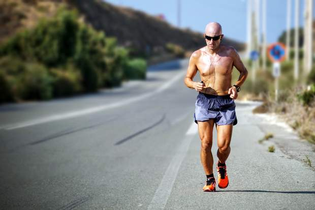 Людина може спожити 4000 калорій на день