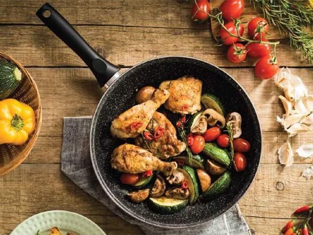3.Для того, щоб залізо засвоювалось ліпше, м'ясо варто поєднувати з овочами