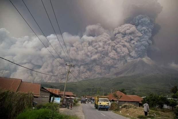 Індонезія виверження вулкану