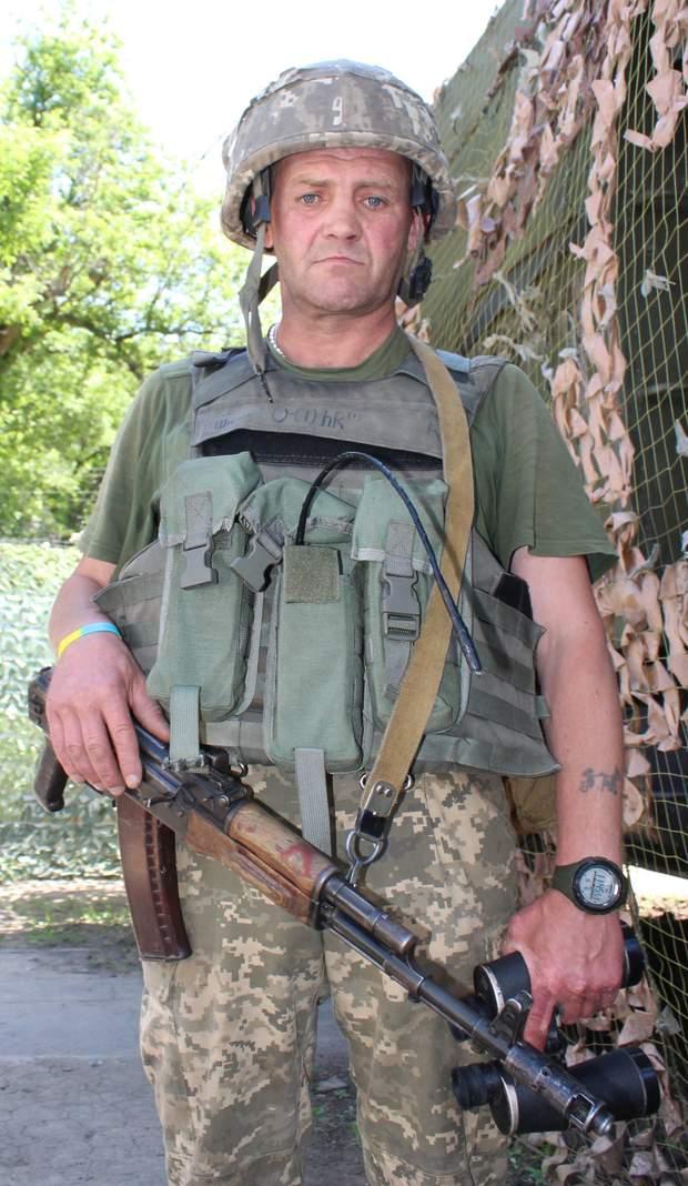 Старший сержант, командир відділення Віталій Жемчук