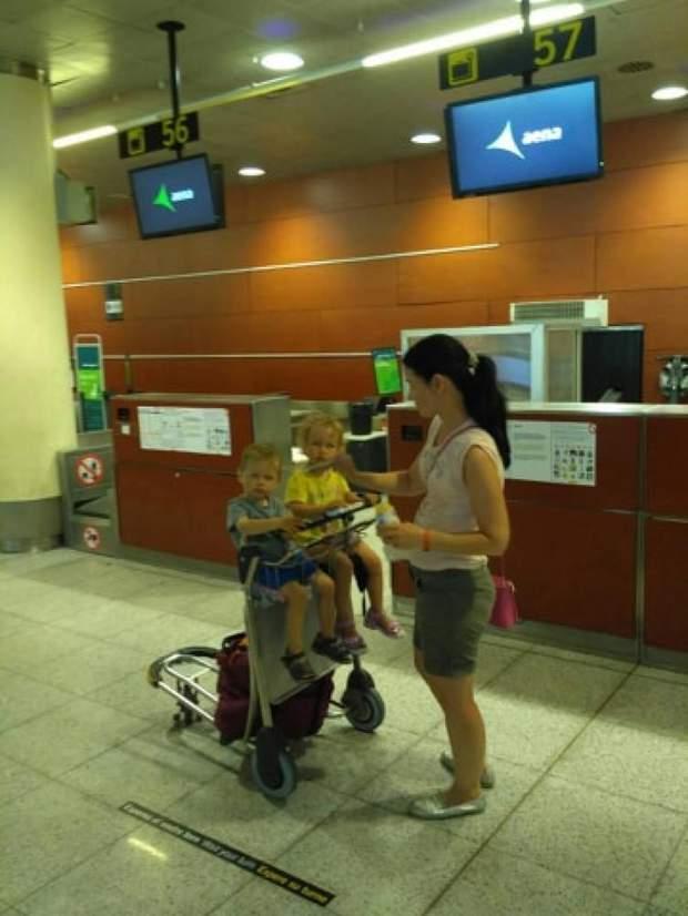 українці аеропорт Барселона
