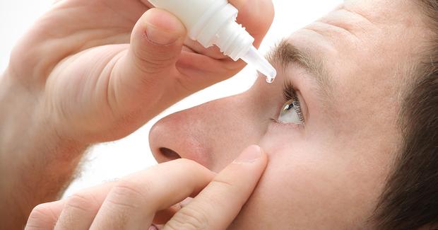 Якщо офтальмолог призначив краплі від глаукоми, в день прийому у жодному разі не варто їх капати