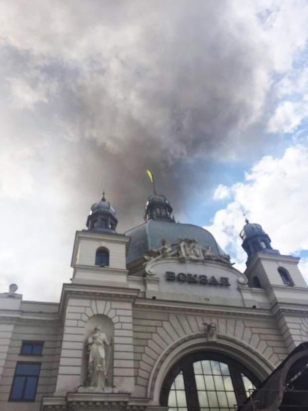 пожар Львов вокзал железная дорога