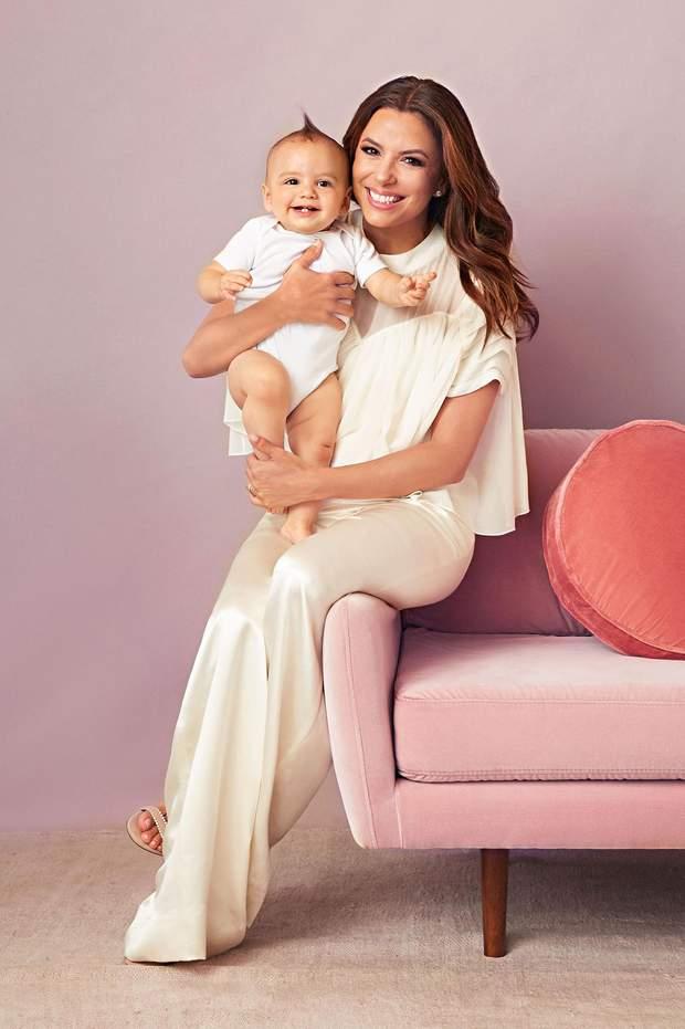 Єва Лонгорія з сином Санті