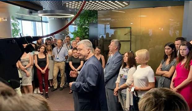 Петро Порошенко та телеканалі