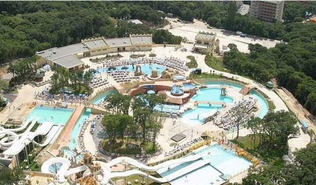 аквапарк акваполіс болгарія