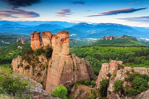 болгарія скелі