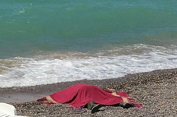 Тіло викинуло на берег Криму
