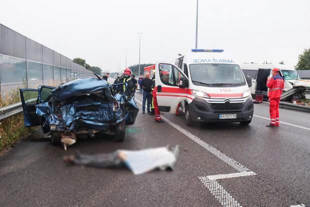 ДТП Київ-Чоп зіткнулися маршрутка легковик жертви