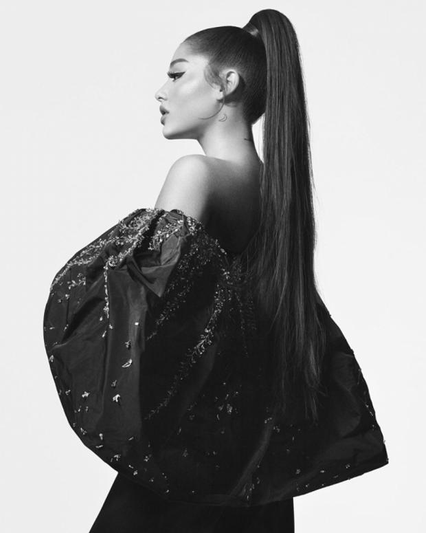 Аріана Гранде в рекламі Givenchy