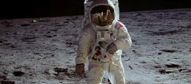 Apollo 11 2019 фільм