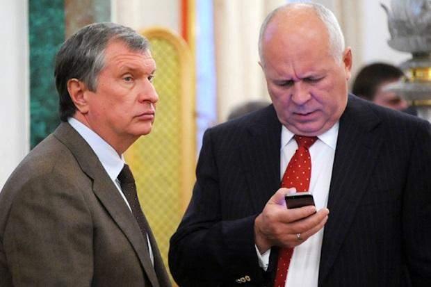 глава Роснефти Игорь Сечин и руководитель госкорпорации