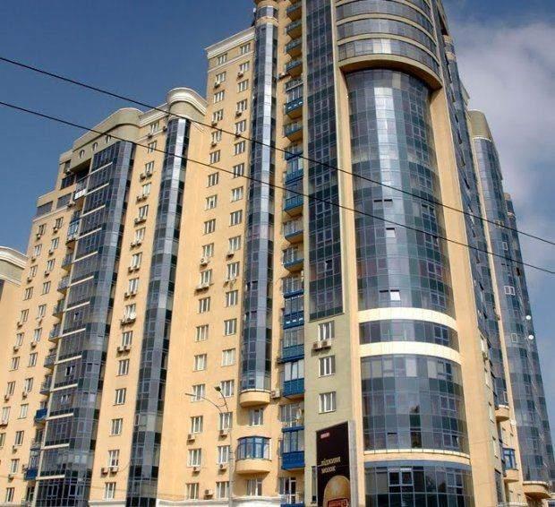 Нове помешкання Вакарчука на вулиці Московській у Києві