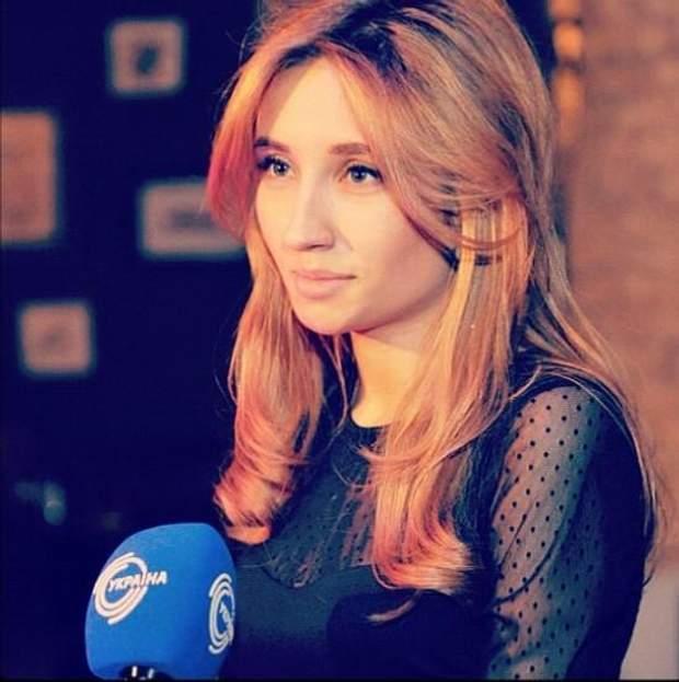 Бондаренко раділа першим фото з мікрофоном
