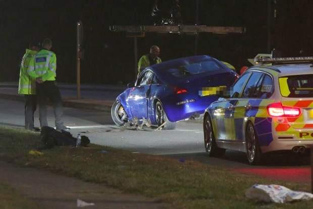 Общество: На гонках в Британии авто влетело в толпу подростков, много раненых: видео