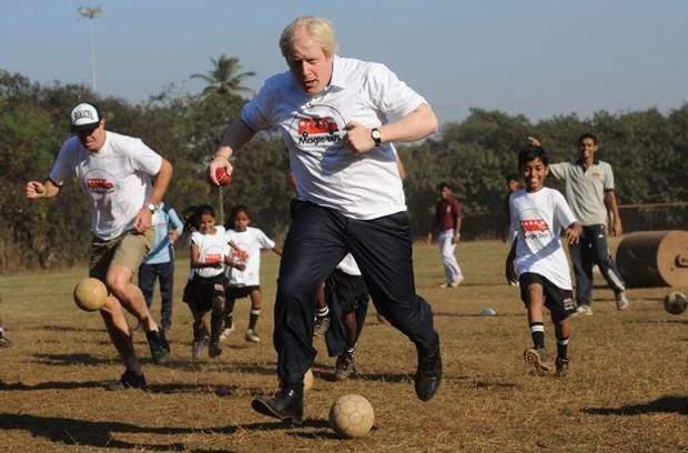 Новий прем'єр Британії грає у футбол