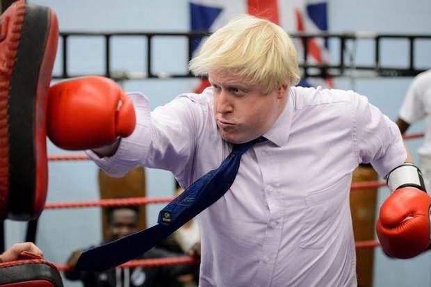 Общество: Борис Джонсон и спорт: забавные казусы нового премьера Великобритании – фото- и видеообзор рис 2