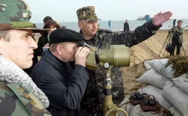 Леонід Кучма, острів Тузла, конфлікт з Росією