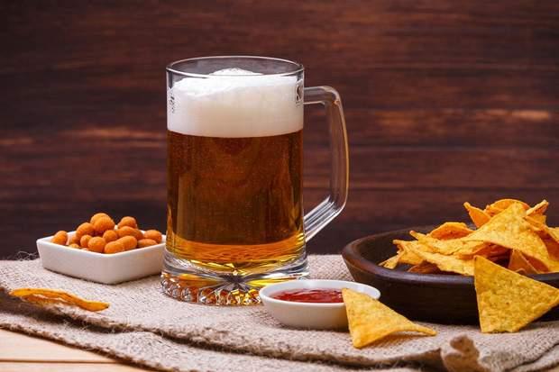 Спробуйте приготувати чіпси з лаваша до пива