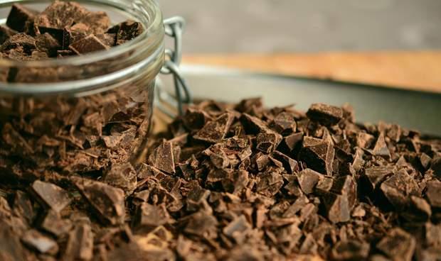 Шоколад бореться з симптомами депресії