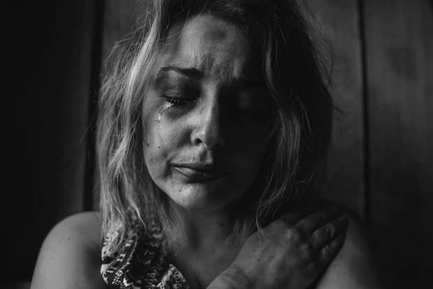 Фіброміалгія переважно виникає у жінок