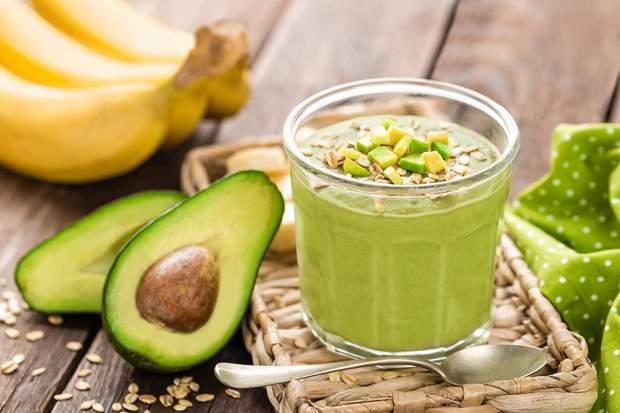 Рецепт приготування смузі з авокадо і бананом