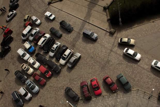 ОСББ парковка скандальне будівництво Київ