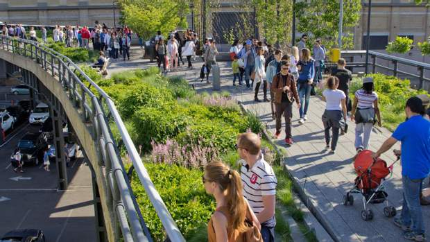 Хай-Лайн парк у Нью-Йорку
