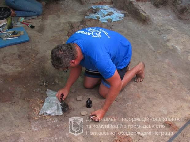 Унікальні артефакти ще не витягли із землі