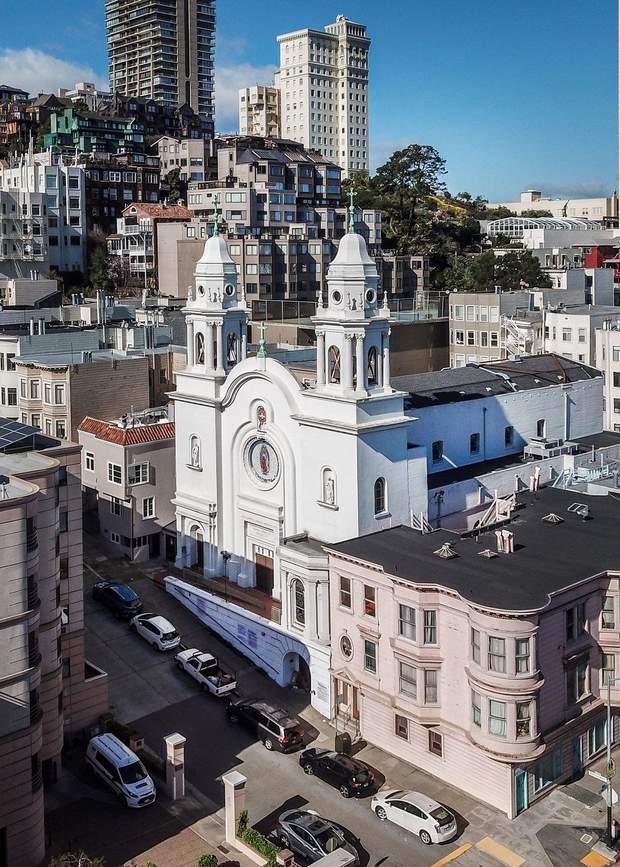 Церква Сан-Франциско реконструкція публічний простір