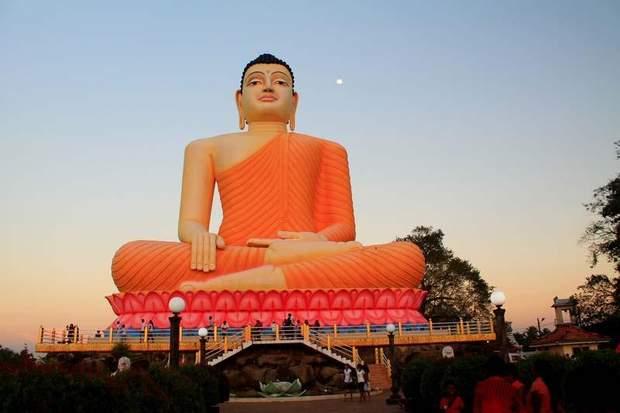 Шрі-Ланка Бентота Будда