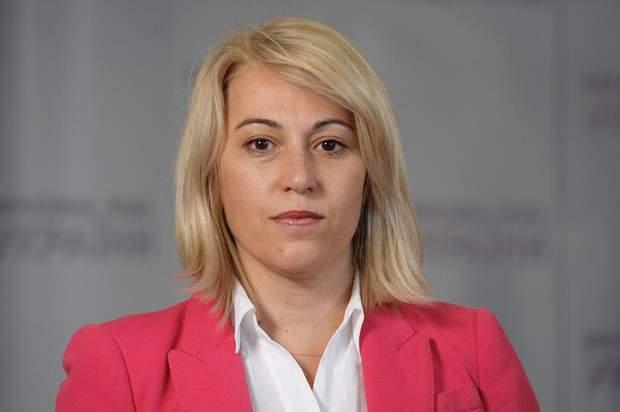 Альона Бабак міністр