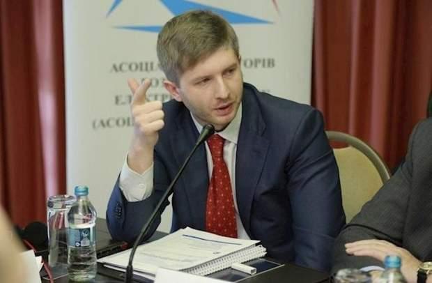 Дмитро Вовк