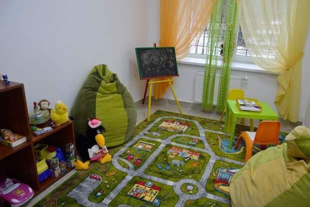 Луцьк суд дитяча кімната