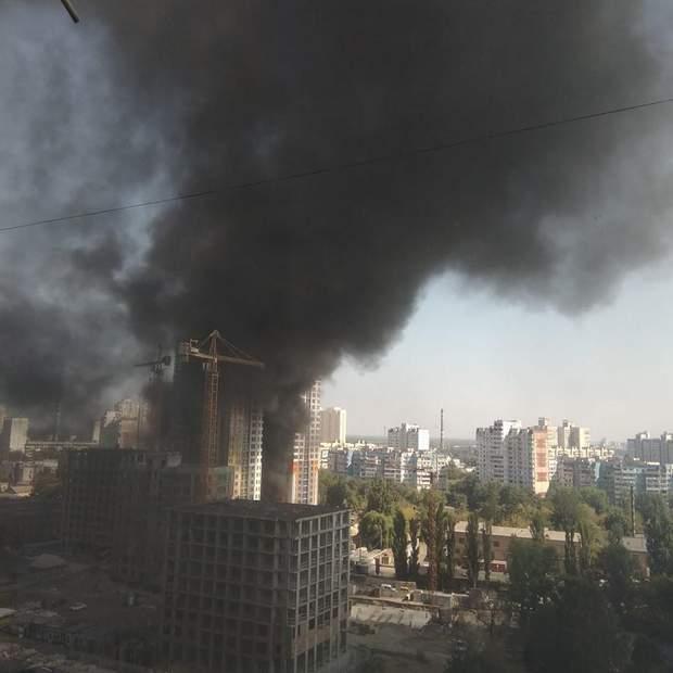 Пожежа Київ Оболонь фото