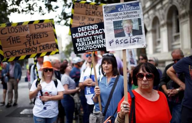 Протести в Британії
