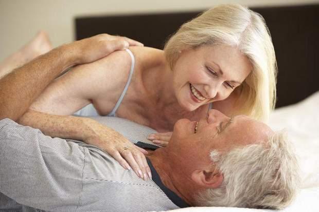 Секс після 50 може вберегти від раку