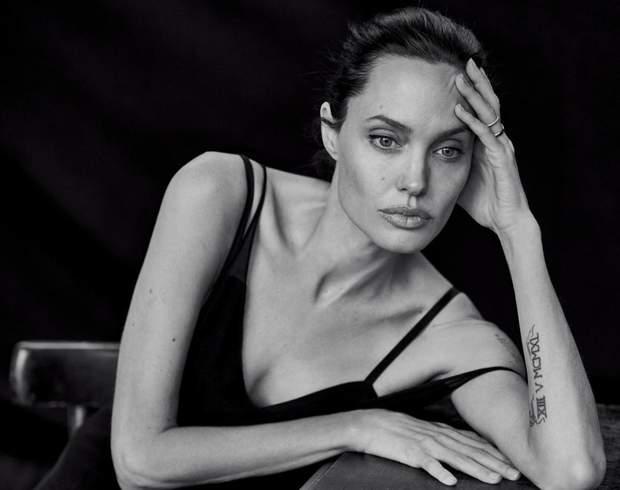 Анджеліна Джолі у зйомці фотографа
