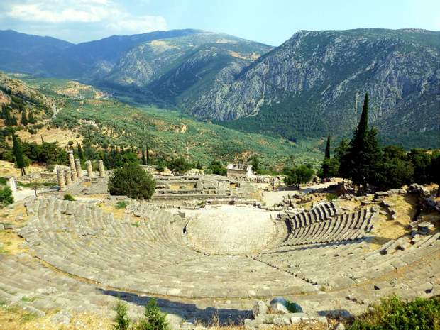 Дельфійський театр греція куди піти