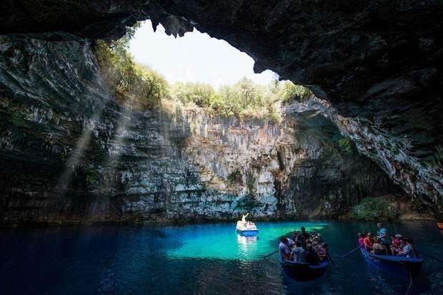мелісані печера греція