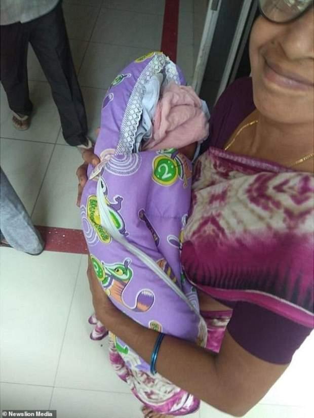 Жінка завагітніла за допомогою екстракорпорального запліднення