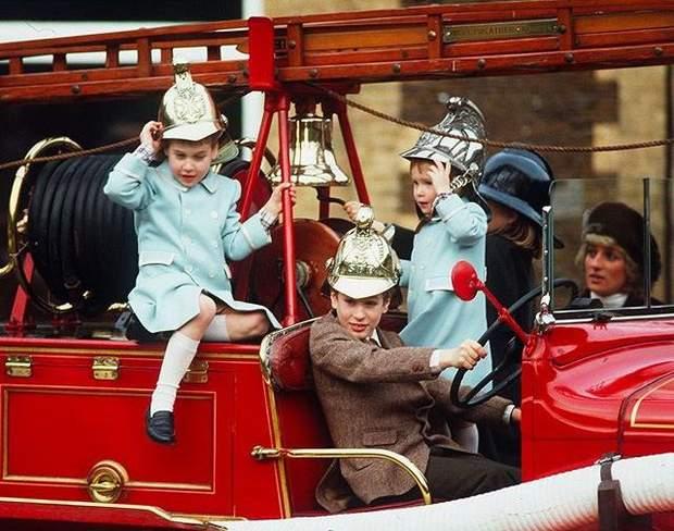 Принц Вільям показав архівний знімок з принцесою Діаною