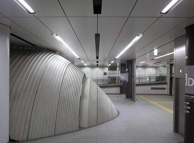 Тадао Андо метро Токіо