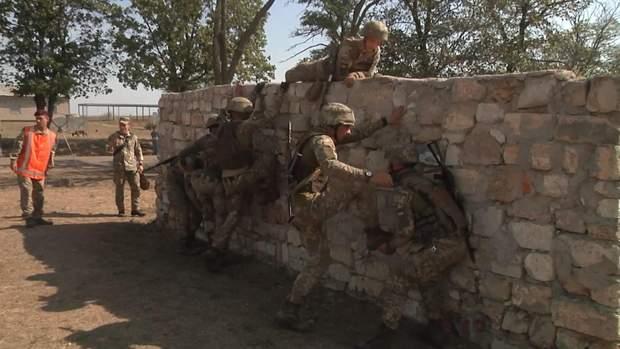 Десантники мали подолати безліч перешкод