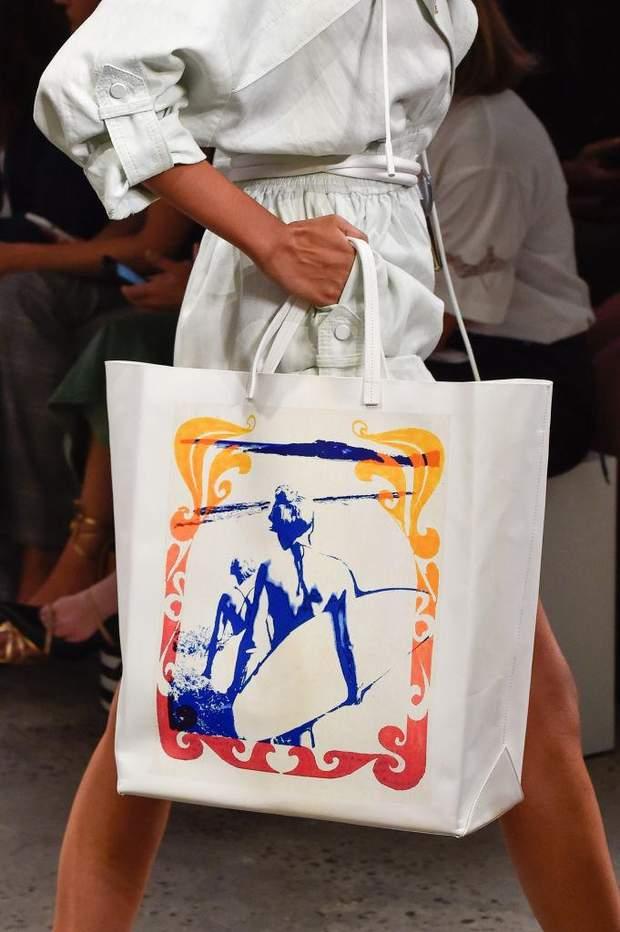 Об'ємна сумка – тренд осені