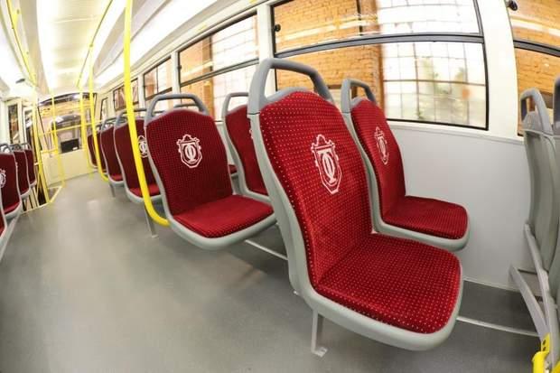 найдовший трамвай в україні
